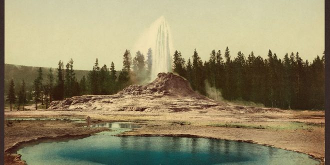 photochrom-co-castle-geyser-1898